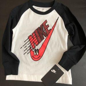 Brand new Nike raglan tee girls size 2T